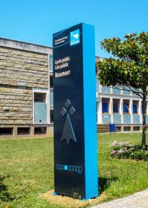 Signaletique Totem Lycée de Bretagne